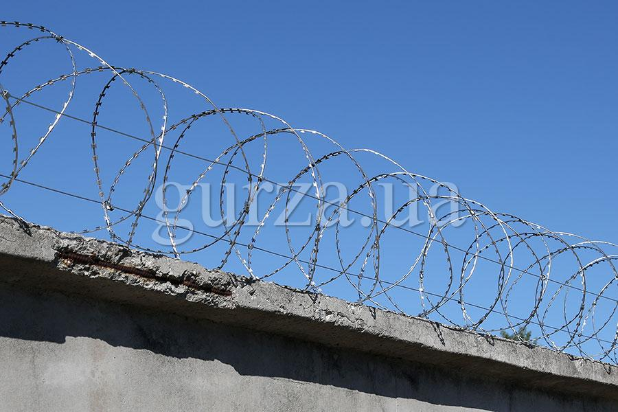 Gurza-400/3 spiral security barrier