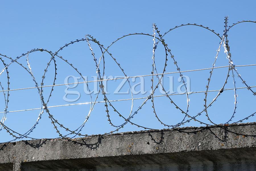 Gurza-500/3 spiral security barrier