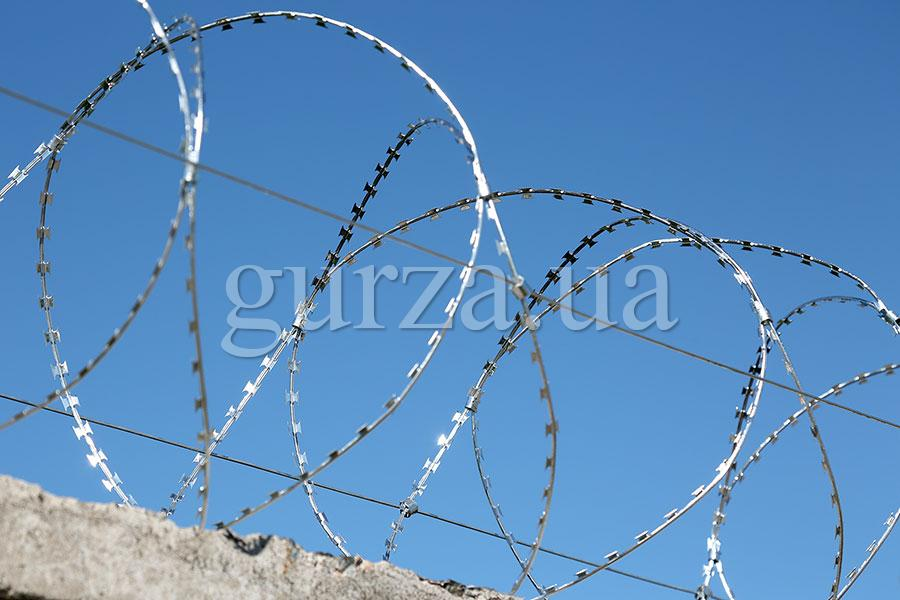 Gurza-600/3 spiral security barrier