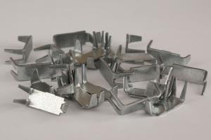 Standard clips for the manufacture and installation of Gurza barriers